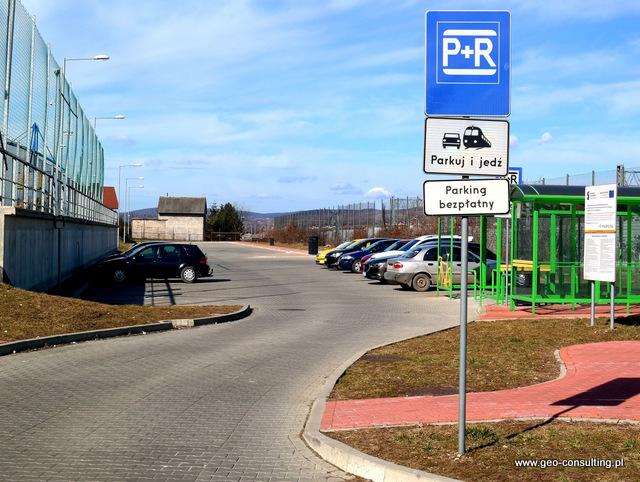 Parking park&ride przy stacji kolejowej w Zabierzowie